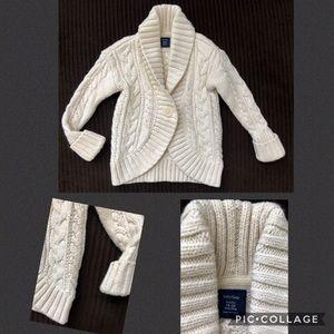 🌟BabyGap 18/24M cream colored cardigan